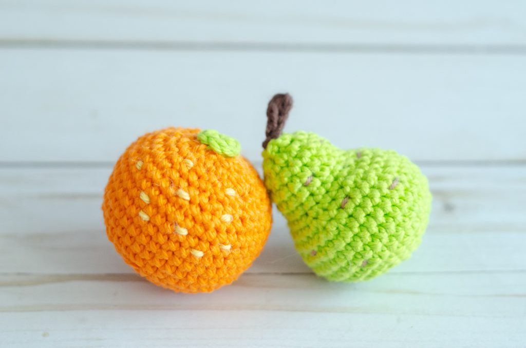 22 Fruit and Vegetable Crochet Patterns | 678x1024
